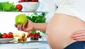 Effetti di una dieta vegana e vegetariana in gravidanza: eventuali rischi e come evitarli