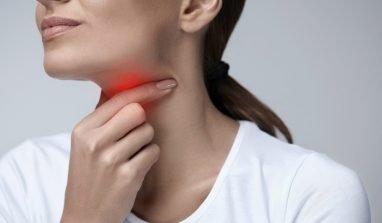 Mal di gola: quanti tipi ce ne sono e quali sono i rimedi da adottare