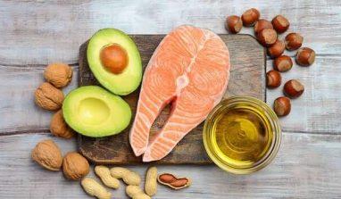 Cibi che abbassano il colesterolo: quali sono e come consumarli