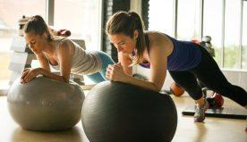 Palla fitness, di  cosa si tratta ed a cosa serve questo attrezzo