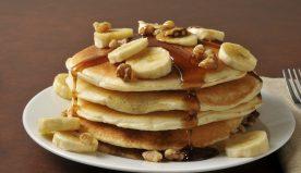 Ricetta pancake light, come prepararli per una colazione buona ma sana