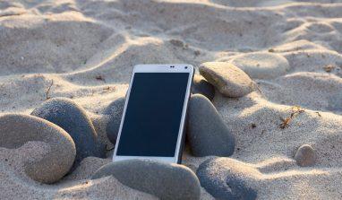 Migliori app da spiaggia: come divertirsi sotto l'ombrellone
